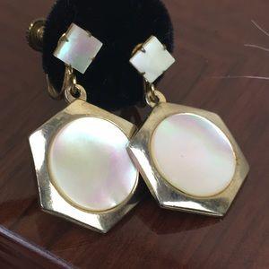 Vintage mother of pearl gold screw back earrings